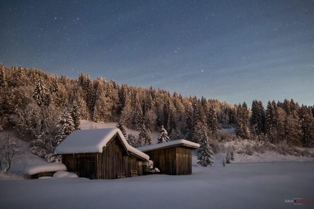 Oberstdorf, Winter, Hütte im Schnee