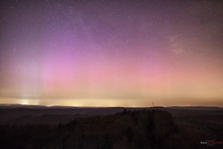 Polarlichter, Pfälzerwald, Luitpoldturm, Aurora Borealis in Deutschland