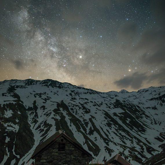 Furkapass Milchstraße Nachts Schnee