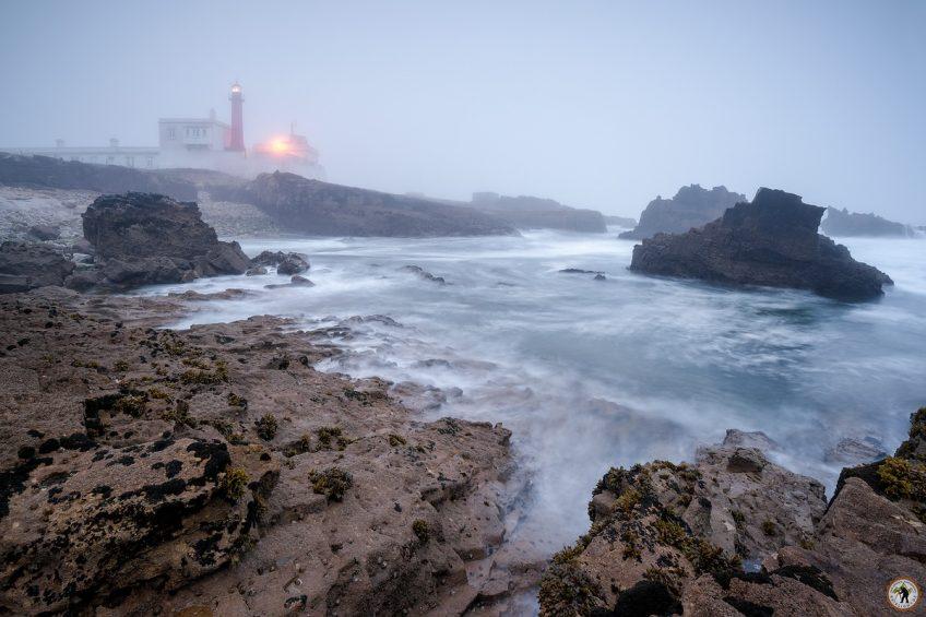 Leuchtturm Cabo Raso Nebel