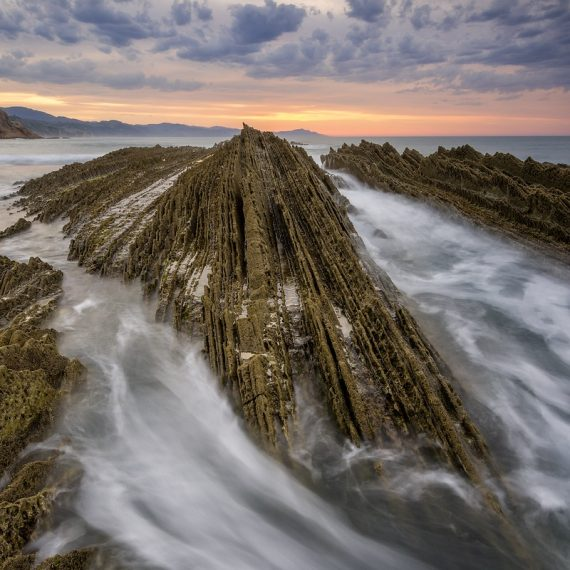 Zumaia Flysch © Raik Krotofil